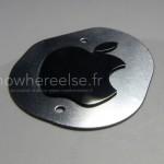 iPhone6のリアのロゴとホームボタンなどの画像が流出