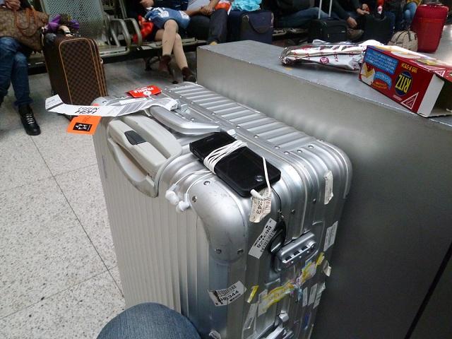 リモワスーツケース3