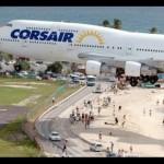 横風を受けて着陸する飛行機!動画で見ると恐ろしい