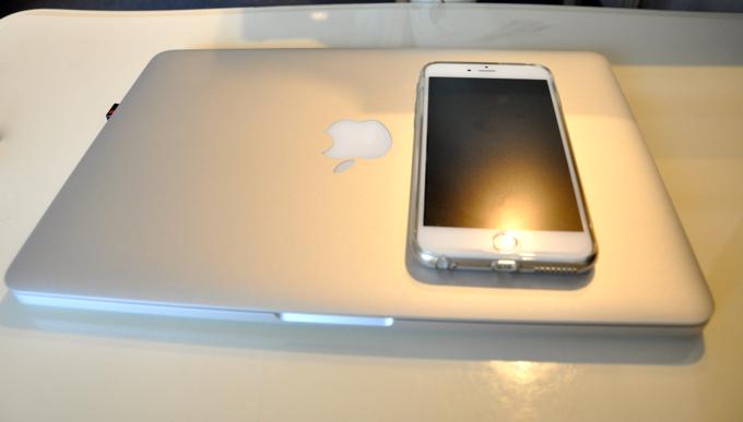 MacBookPro iphone6 Plus