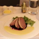 乗ってみたい!エミレーツ航空のビジネスクラスの食事が凄すぎる件