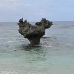 沖縄旅行記その6【古宇利島で話題のハートロックを訪れる】