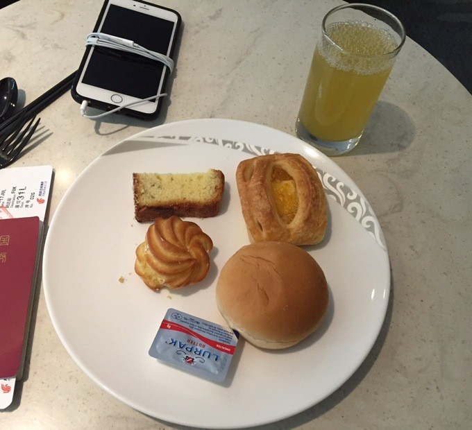 上海浦東国際空港 エアチャイナラウンジ