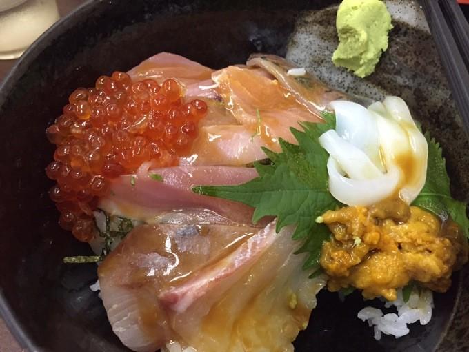 魚がし 海鮮丼