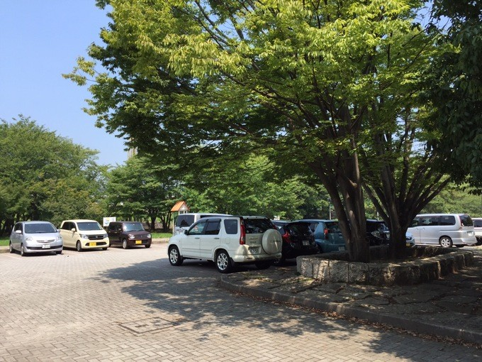 酒津公園 駐車場