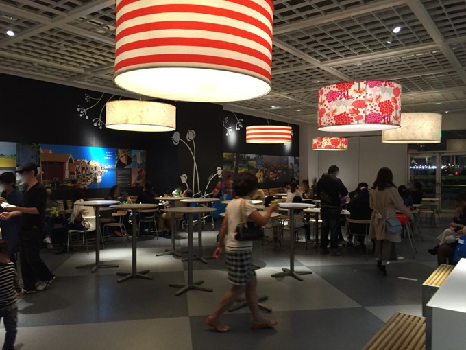 IKEA 軽食 スペース