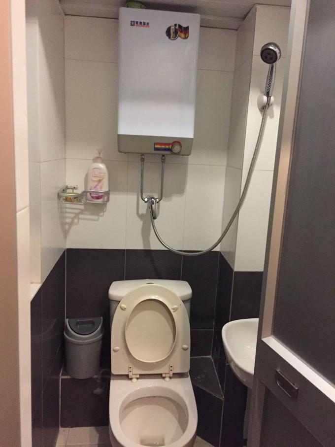 アップルホステル シャワー