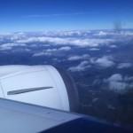 飛行機に乗る際にバックパックはどうしたら良い?