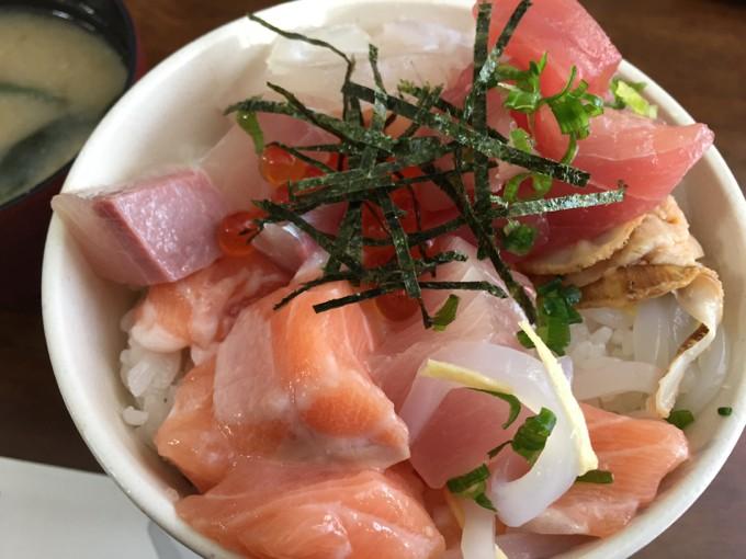 大漁の海鮮丼