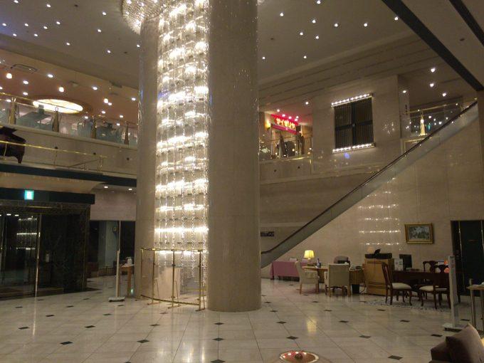 ホテル大阪ベイタワー フロント 様子