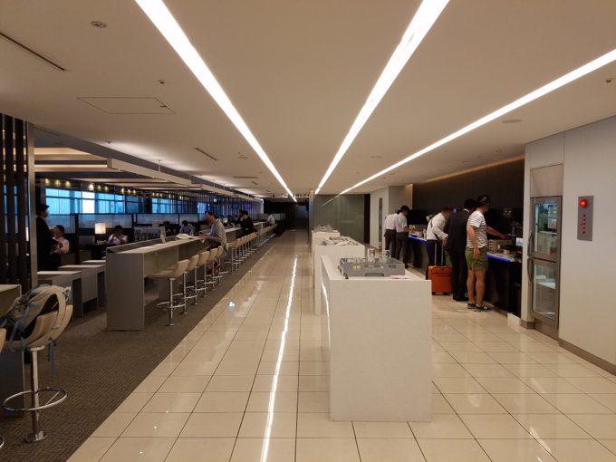 羽田空港 ANAラウンジ 室内